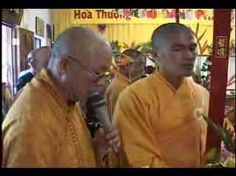 Tang Le Co Hoa Thuong Thich Duc Niem 7/76