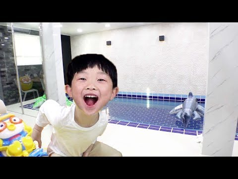 Funny Kids Video Water Pool Villa Indoor Playground Family F
