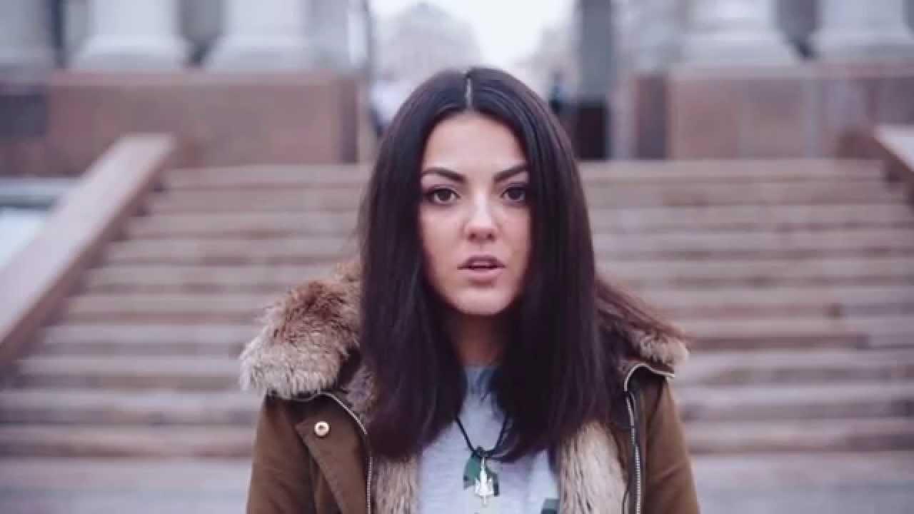 русская девочка студентка сосет член