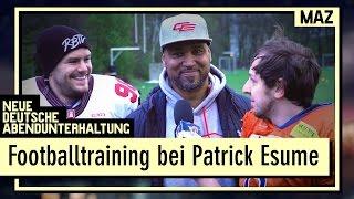 Footballtraining bei Coach Patrick Esume | Gunnar und Andreas stoßen an ihre Grenzen