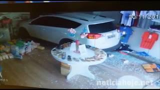 Vídeo mostra momento em que carro invade loja, no Centro de Caçador