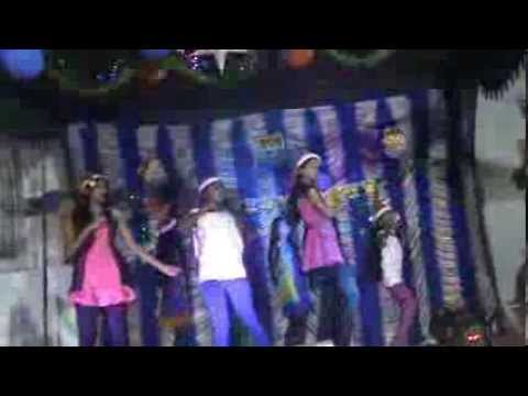 4 Carats Kelly Clarkson Dance Performance