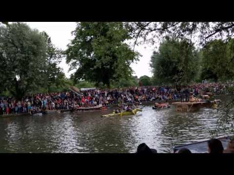 Cambridge University cardboard boat race 2016