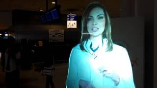 Virtual girl in Athens. Виртуальная девушка в Афинах(Это первое, что встречает вас в зале прилета аэропорта