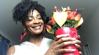 Happy Valentine's Day! 🥰 Edible Arrangements Mukbang! LIVE!