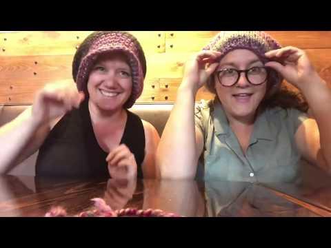 knit-&-crochet-cowl-race