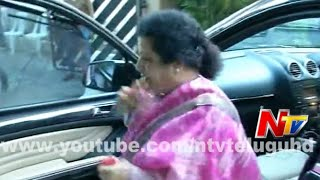 NTR Mother Mourns Nandamuri Janaki Ram's Death