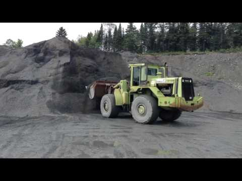 Old Terex 72-51B loader Screamin'