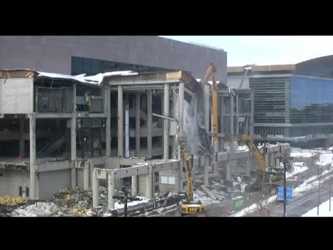 Time Lapse: Demolition of the east atrium of the Bradley Center