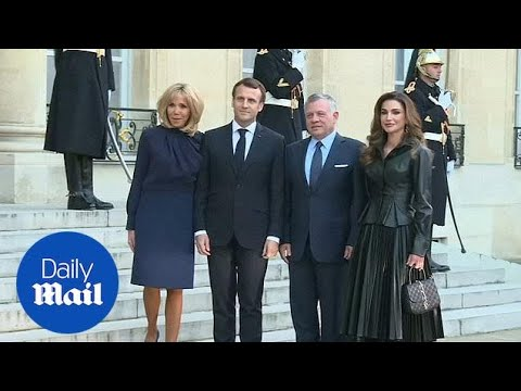 Queen Rania dazzles in black during Prais visit