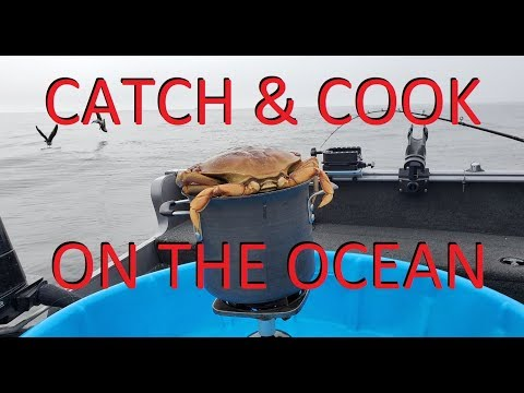 CATCH & COOK Dungeness CRAB On The OCEAN Bodega Bay California