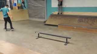 Omar Nollie Half Cab Switch BS Nosegrind Fakie 180 out
