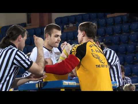 World Armwrestling Championship 2011 - Lengarov vs Dokuchaev (Right Hand)