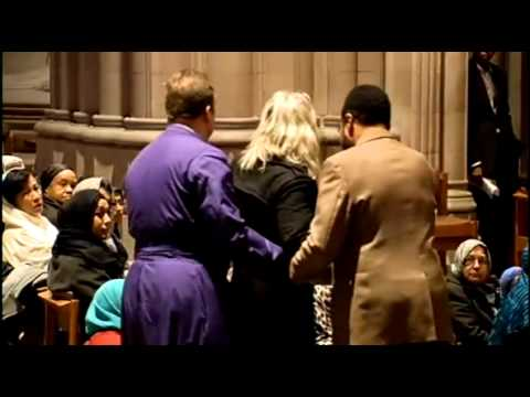 Mohammedaner predigen in National Cathedral