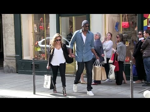exclusive---kobe-bryant-and-wife-vanessa-show-pda-in-paris