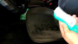 Como limpar bancos e teto do Carro