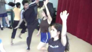 NYC Bhangra Club - Practice Session - Balle Balle!