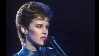Watch Sheena Easton For Your Eyes Only video
