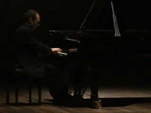 Sergio Monteiro - Scarlatti: Sonata em Ré maior K492