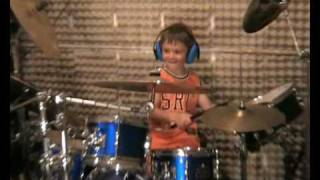 Igor Falecki - 4 years old drummer from Poland thumbnail