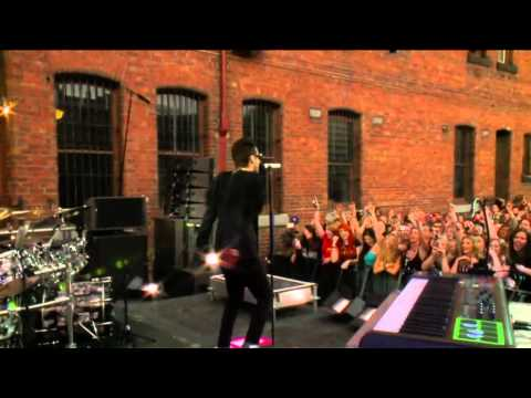 Closer To The Edge - 30 Seconds To Mars At Take 40 Live In The City