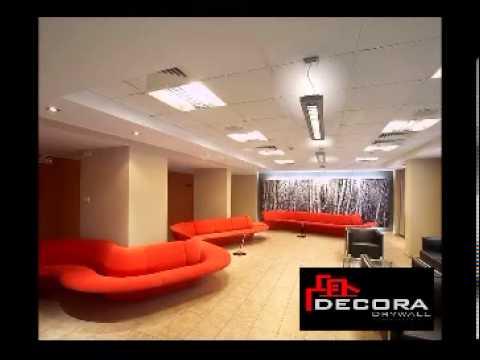 Cielo raso techo acustico en baldosas youtube for Modelos de cielo raso para salas