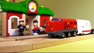 The Train To London: Kids Mega Quality Toys Brio Demo Review: Build & Play Trucks: สาธิตรถไฟของเล่น