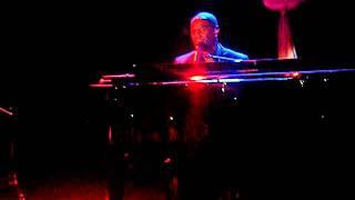 Gambar cover Brian McKnight - 6,8,12 (Sydney Concert June 2011).MP4
