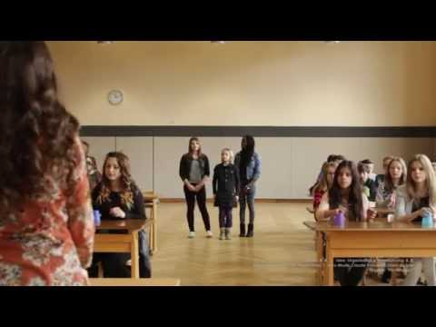 CUP SONG from Pitch Perfect   School-Cover