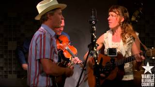 Foghorn Stringband - I'm Longing For Home [Live at WAMU's Bluegrass Country] thumbnail
