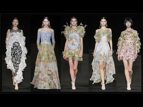 latest-haute-couture-design-collection-of-fashion-designer-rahul-mishra-for-ss-2020-paris---fshc