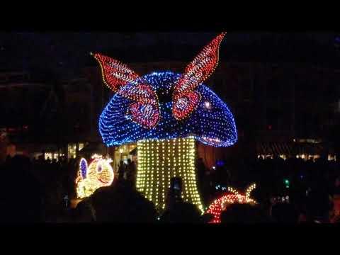 Disneyland Main Street Electral Parade