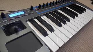 Novation Xio 25 demo - Tiny synth, VERY big sounds