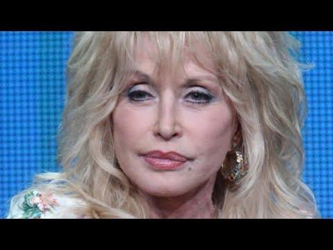 Tragic Details About Dolly Parton