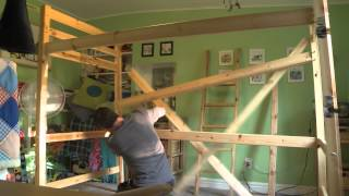 How (not) To Assemble A Bunk Bed