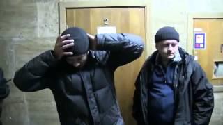 Двух мусоров ментов задержали на Евромайдане и поймали на гарячем