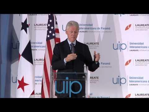 Conferencia de Bill Clinton en el Campus UIP.