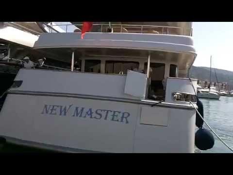 Yacht New Master ormeggio porto Lavagna