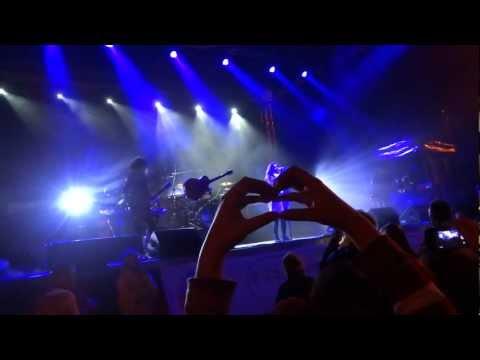 Ewa Farna - Bez ciebie - LIVE HD