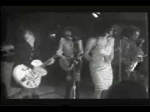 "NY Dolls ""Pills"" live @ Club 82: 4/17/74"