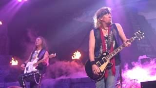 Iron Maiden: Intro/If Eternity Should Fail/Speed Of Light (Lincoln, Nebraska)