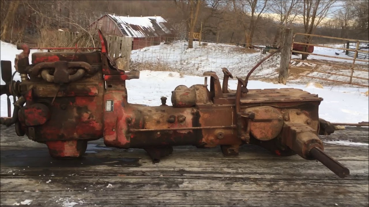 farmall h transmission tear down part 2 parts  [ 1280 x 720 Pixel ]