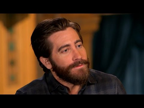 'GMA' Hot List: Jake Gyllenhaal teaches Michael Strahan some vocal exercises