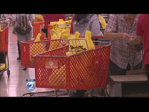 Honolulu mayor to sign expanded plastic bag ban bill for Oahu