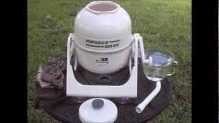 Wonder Washer-Washing Clothes