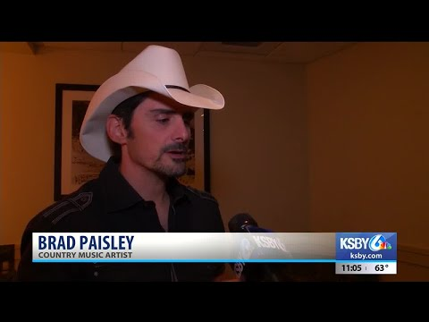 Brad Paisley hosts concert benefiting Santa Barbara residents