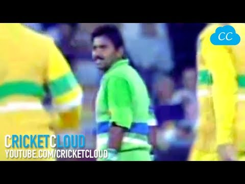 Javed Miandad's Ugliest incident with Australia | How can this be given Out !!