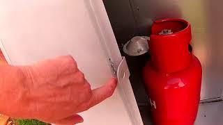 видео Ящик для 6 баллонов с пропаном. Шкаф под 6 газовых баллона купить. Шкаф для шести газовых баллонов.