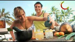 How To Make Mandarin Margarita Cocktail - Sexy Sarah Claire - Australia Beach