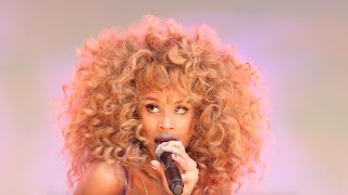 LION BABE, Treat Me Like Fire, Damrosch Park, NYC 7-31-15